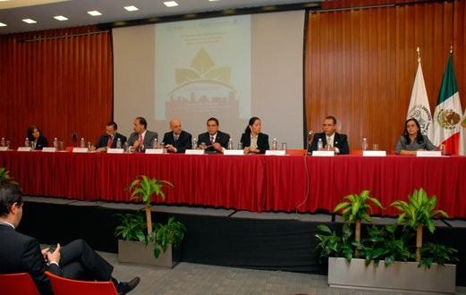 """IV Seminario Internacional """"El Derecho a un Medio Ambiente Sano en las Metrópolis»"""
