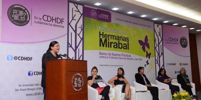 """Galería: Entrega del Reconocimiento Banco  de Buenas Prácticas contra la Violencia hacia las Mujeres y las  Niñas """"Hermanas Mirabal"""" 2016"""