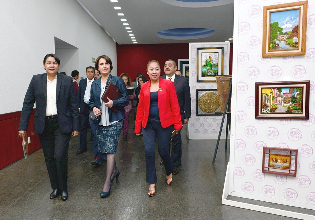 Galería: Expo de artesanías, pinturas y artículos elaborados por personas privadas de su libertad