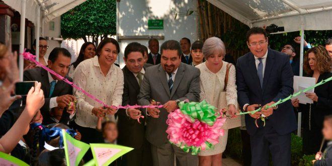 """Galería: Dra. Perla Gómez asiste a la 15ª Feria de los Derechos de las Niñas y los Niños """"Es mi derecho tener derechos"""""""