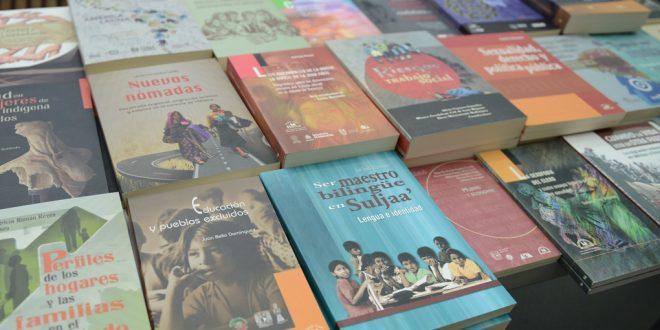Galería: Editorial Miguel Ángel Porrúa realizó donación de libros a biblioteca de la CDHDF