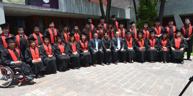 Galería: Personal de la CDHDF se gradúa de la Maestría en Derecho Procesal Penal
