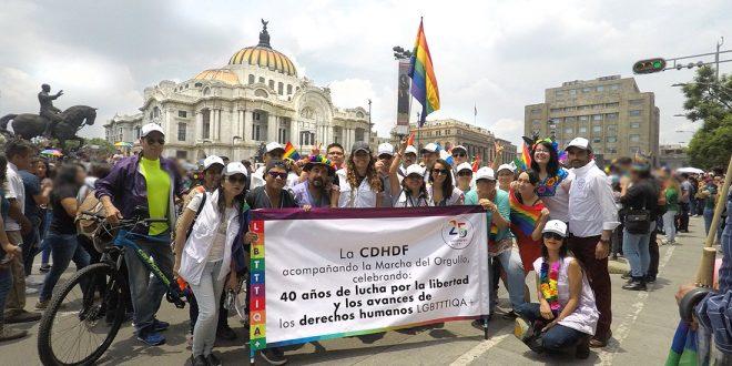 Galería:  CDHDF  acompaña XL Marcha del Orgullo