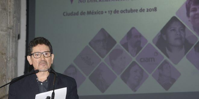 Reconocen activismo social de Consejero de CDHDF, Alejandro Brito Lemus