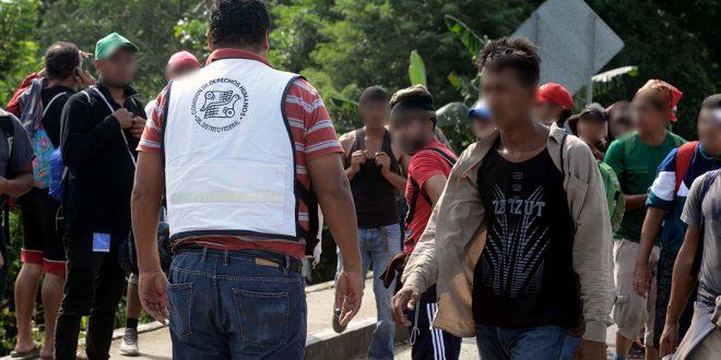 Galería: Migrantes partieron de Matías Romero a poblado de Donaji