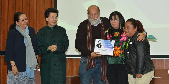 """CDHDF entrega Reconocimiento en Derechos Humanos """"Ponciano Arriaga Leija"""" 2018"""