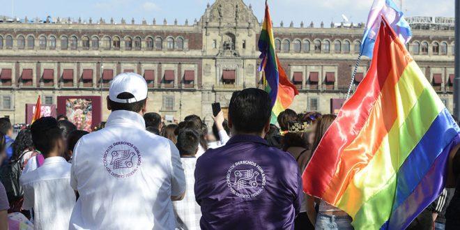 """Galería: CDHDF monitorea sexta marcha """"Stop homofobia"""""""