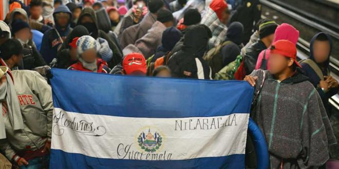 Continúan 541 personas migrantes en el Estadio Palillo