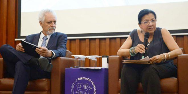 Galería: Conferencia Los DDHH al Agua y al Saneamiento, del Relator Especial de ONU, Léo Heller