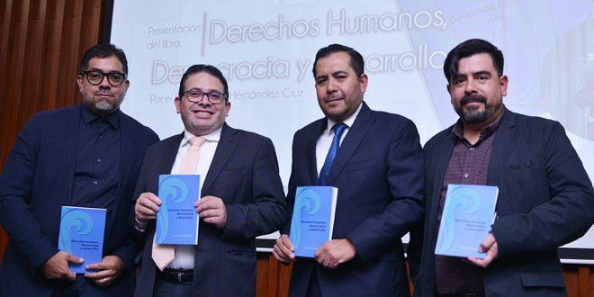 Galería: Presentación del libro Derechos Humanos, Democracia y Desarrollo