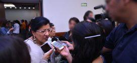 """Entrevista a la Presidenta de la CDHDF, Nashieli Ramírez Hernández, en la Conferencia de Prensa: """"10 mil Trabajadores Voluntarios de Limpia Laboran en Condiciones Inhumanas""""."""