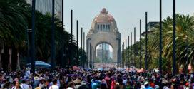 Galería: CDHCM acompañó marcha del Día Internacional de la Mujer.