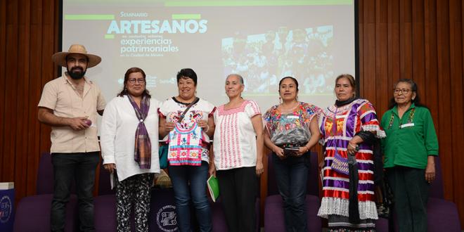 Artesanas celebran encuentro en la CDHCM