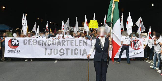 Galería: CDHCM acompañó marcha #2DeOctubre
